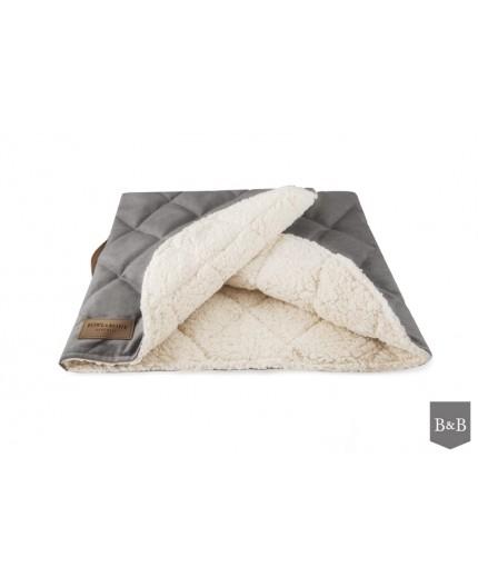 Lit - couverture douillete pour chien
